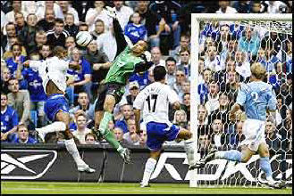 David James saves from Marcus Bent